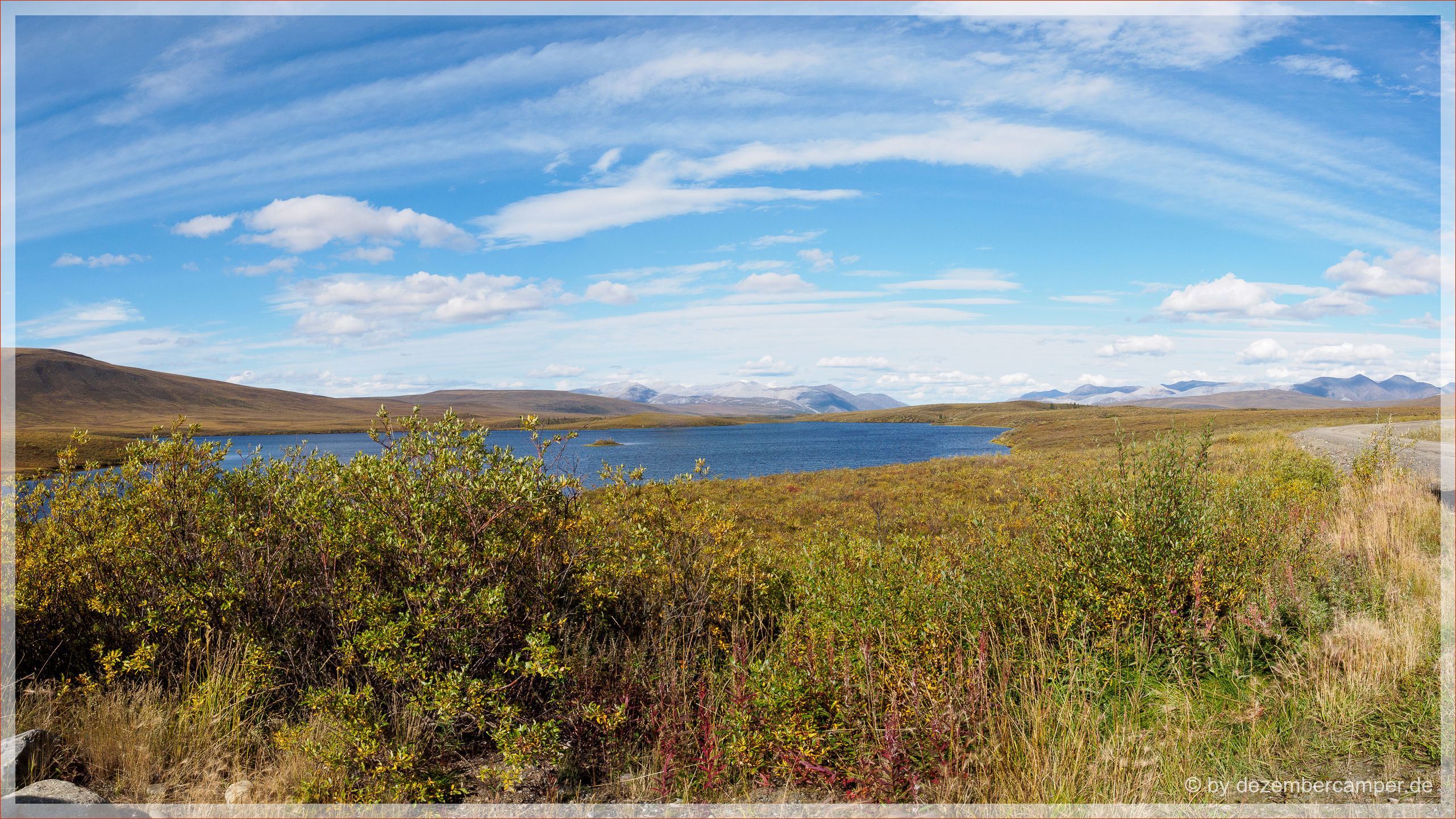 Dempster Highway - Chapman Lake