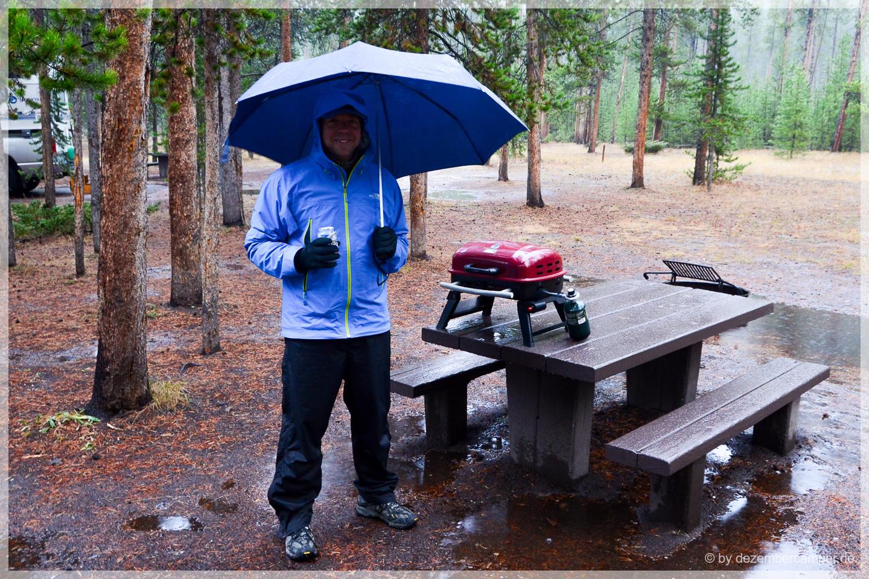 Yellowstone NP - Grillen bei Sauwetter