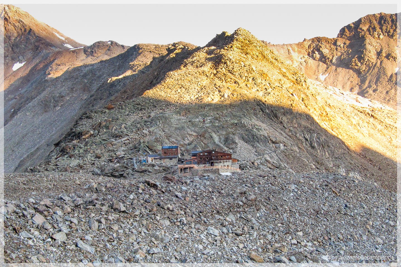 Blick zur Similaun-Hütte