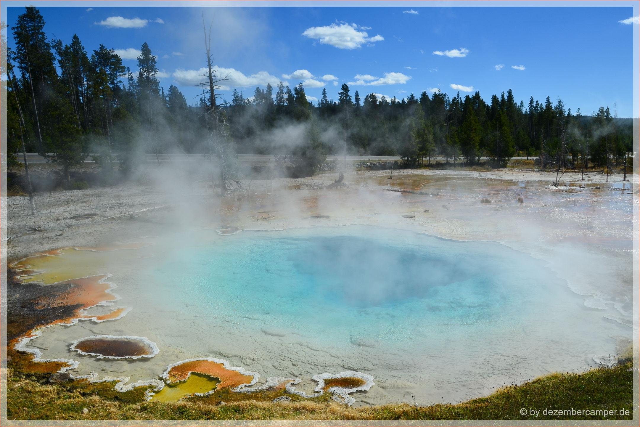 Yellowstone NP - Fountain Paint Pots - Silex Spring